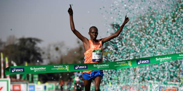 Marathon de Paris 2018: Paul Lonyangata remporte sa 2e victoire d'affilée