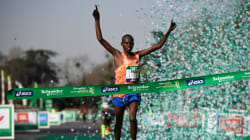 Le Kényan Lonyangata remporte son deuxième marathon de Paris