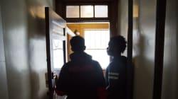 Más refugiados africanos llegan a la frontera