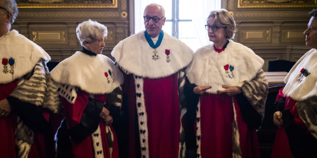 La Cour de cassation répond sèchement à Hollande et Fillon