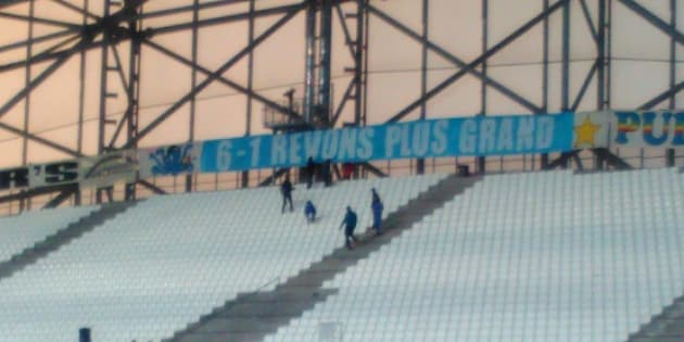 Avec cette banderole, les supporters de l'OM se vengent en chambrant les Parisiens après l'humiliation du Barça