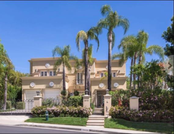 Tom Jones lists his Beverly Hills villa