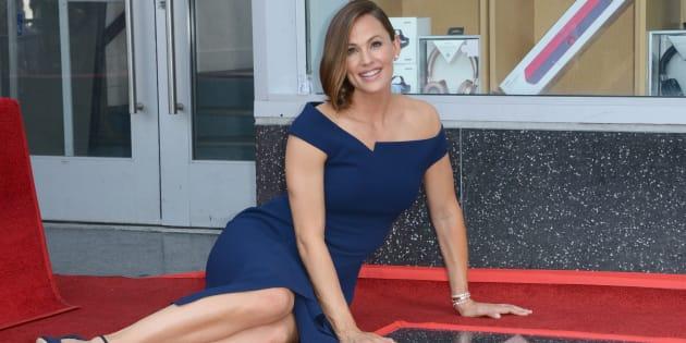 Jennifer Garner  a inauguré son étoile sur le Walk of Fame d'Hollywood Boulevard ce lundi 20 août.