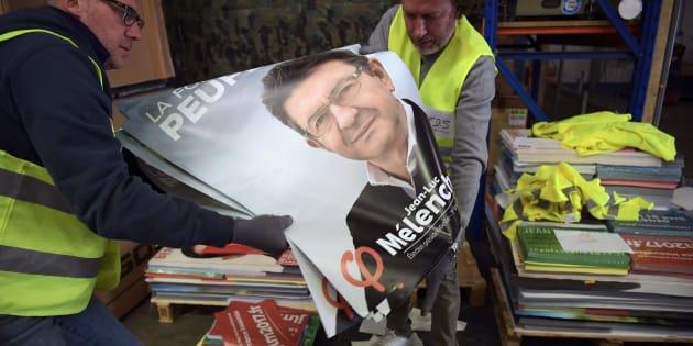 Jean-Luc Mélenchon devance pour la première fois François Fillon dans un sondage