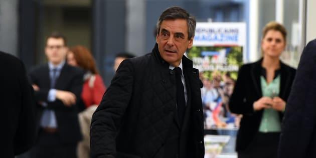 Grâce au renoncement d'Alain Juppé, François Fillon s'est présenté comme le seul candidat crédible devant le comité politique qui ne lui a pas opposé de résistance.