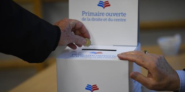 Bureau de vote de la primaire de la droite à Rennes.