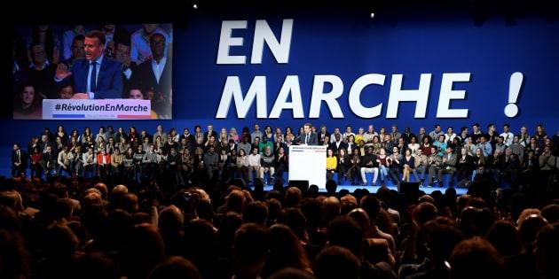 Emmanuel Macron lors de son meeting, porte de Versailles en décembre 2016.