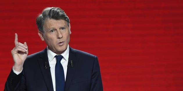 Vincent Peillon ne doit plus être dans l'équipe de Benoît Hamon, réclame Emmanuel Macron.