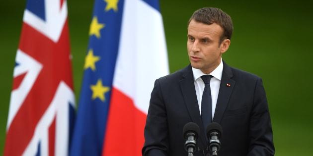 """Emmanuel Macron veut accélérer les négociations sur le Brexit mais """"laisse la porte ouverte"""" au Royaume-Uni"""