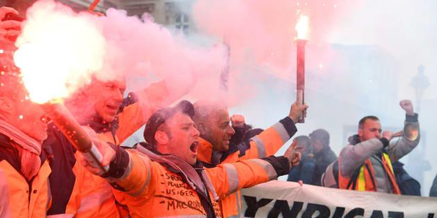 Comment la grève SNCF peut évoluer: de la guerre de positions à la guerre de mouvement