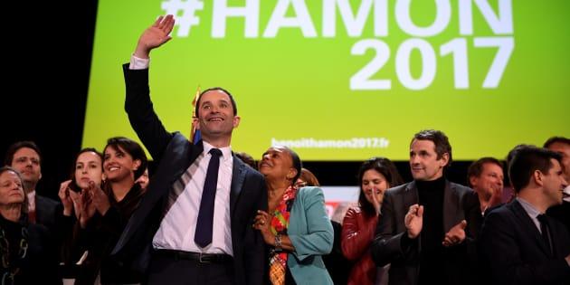 Benoît Hamon a tenu son grand meeting à Bercy