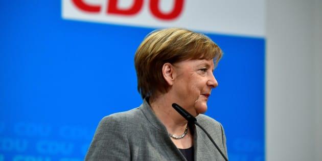 """""""Ora la strada è libera"""". Esultano tutti, da Merkel a juncker. Ma più fuori che dentro l"""
