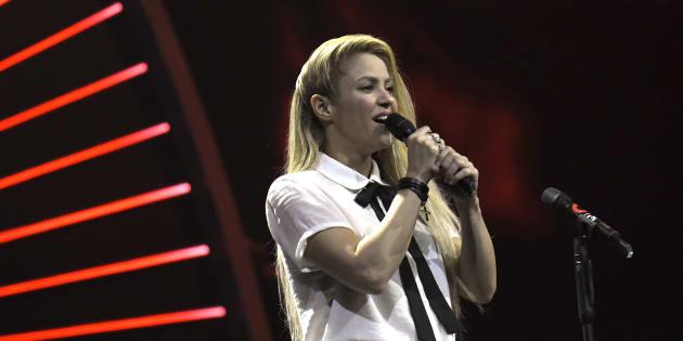 Shakira reporte sa tournée américaine: qu'est-ce que l'hémorragie des cordes vocales dont elle souffre?