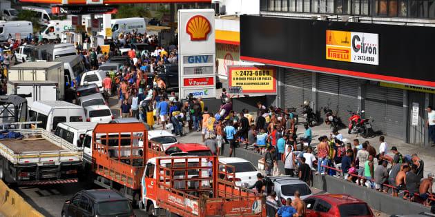 Greve dos caminhoneiros chega ao 8º dia. Empresários negam participação em crimes como locaute.