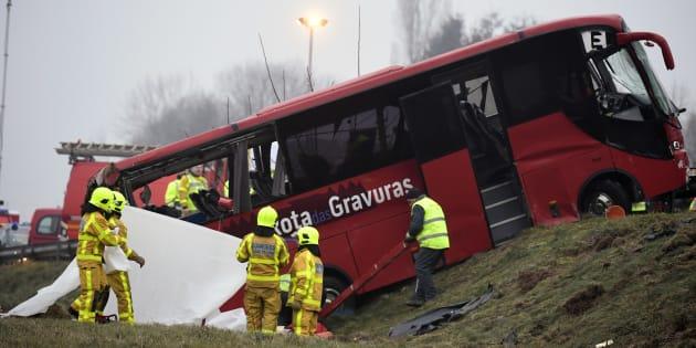 Le bus accidenté près de Charolles, le 8 janvier.