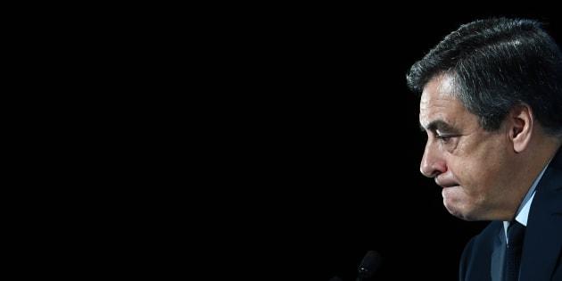 """En affirmant """"Je ne suis pas autiste"""", François Fillon a véhiculé des préjugés tenaces sur ce trouble du développement"""