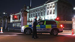 Policiers agressés près du palais de Buckingham: l'agresseur avait un
