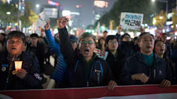Tens Of Thousands Of South Koreans Protest To Demand President's