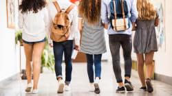 Avec leurs carrés jaunes, ces élèves ont fait plier leur école et peuvent enfin porter des