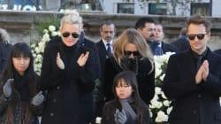 Le dernier adieu poignant de Laeticia Hallyday et de ses filles à Johnny
