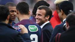 Macron sifflé au Stade de France avant Les Herbiers-PSG, le président ou le supporter de