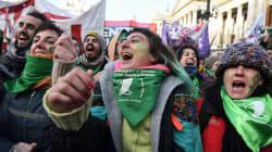 'É um momento histórico fruto da mobilização das mulheres', diz ativista sobre aborto na
