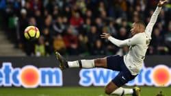 La splendide volée de Mbappé qui offre au PSG la victoire face à