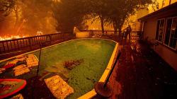 Le spaventose foto dell'incendio più grave della storia della