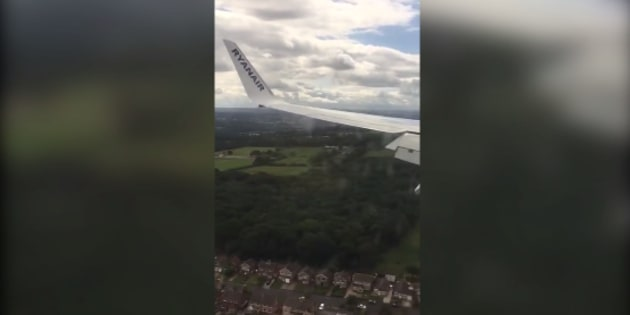 Volo Ryanair Fuerteventura-Leeds, atterraggio da incubo: panico tra i passeggeri