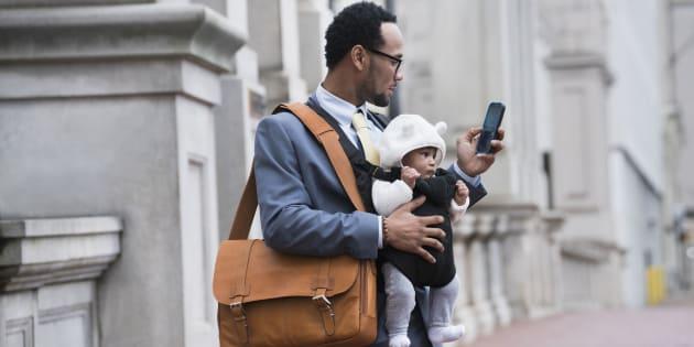 Pouvoir s'absenter du travail sans pénalité financière, quand la santé ou les besoins de la famille sont en cause devrait aller de soi dans notre société où, dans bien des cas, les deux parents travaillent.