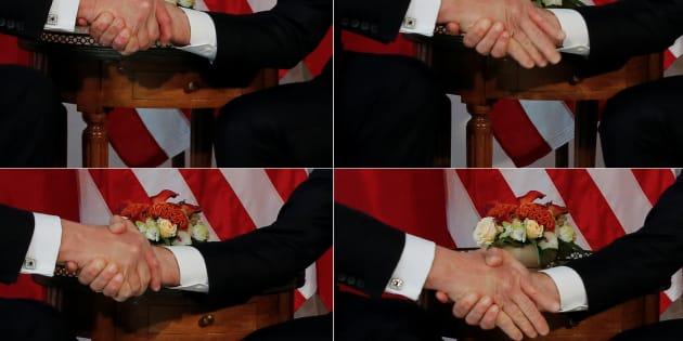 """La """"féroce"""" poignée de main de Macron et Trump a emballé les journalistes américains, certains évoquant un combat de """"mâles alpha""""."""