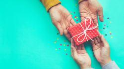 10 cadeaux pour jeunes parents approuvés par de jeunes