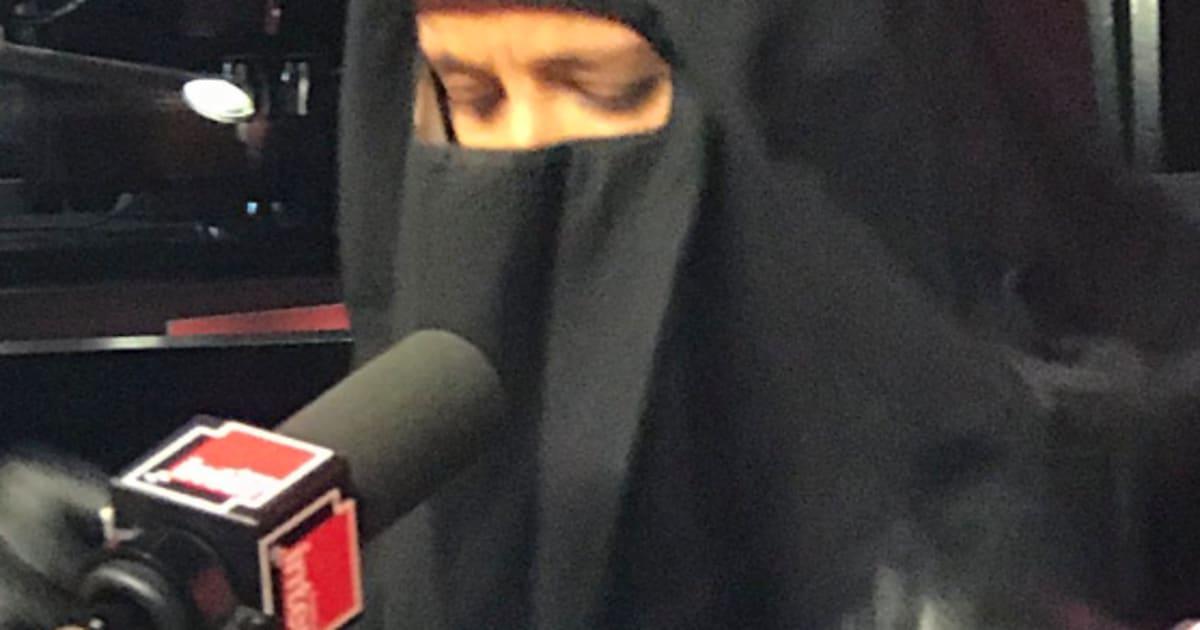 Sur France Inter Sophia Aram A Remis Un Niqab Pour Parler