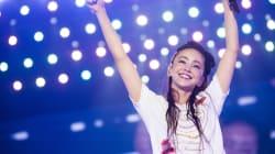 安室奈美恵、引退前夜に故郷沖縄でライブ