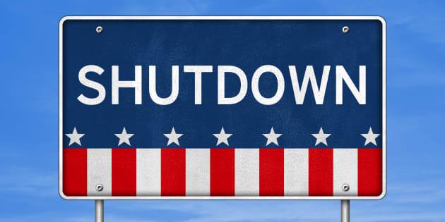 "Les 5 victimes du ""shutdown"", y compris Donald Trump."