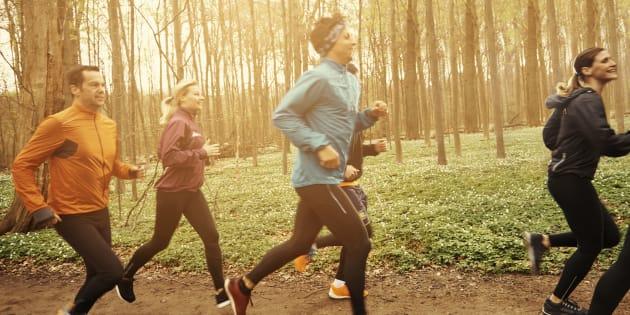 Célébrer le sport, c'est essentiel pour un mode de vie sain.
