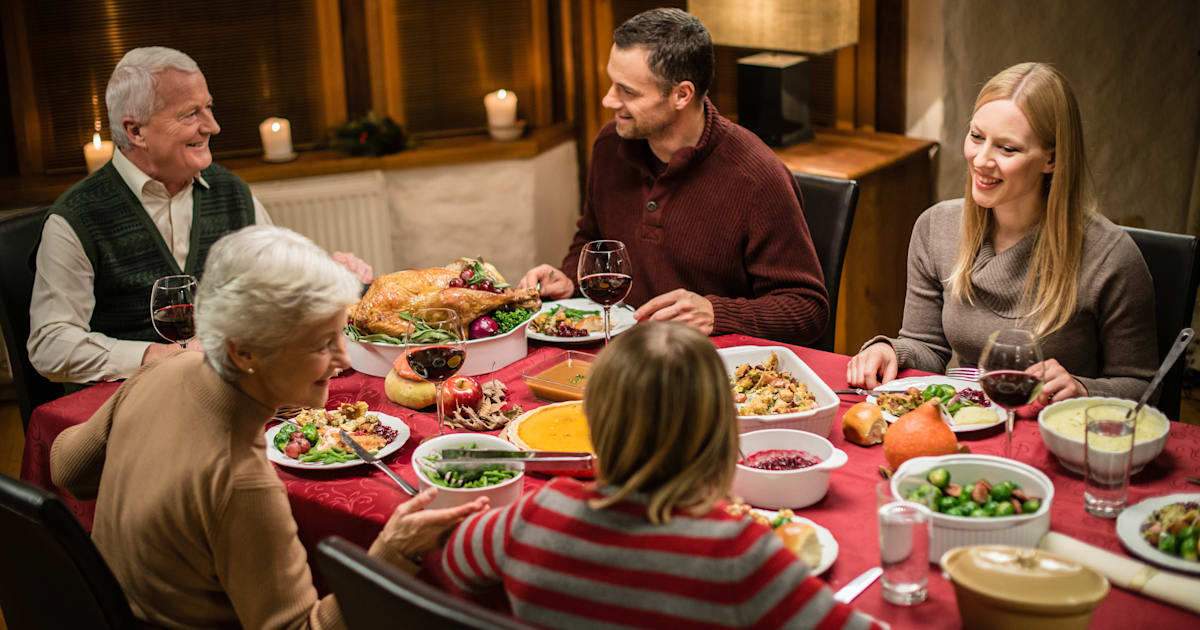 Topics You Can Safely Talk About At Thanksgiving Dinner With Your Family