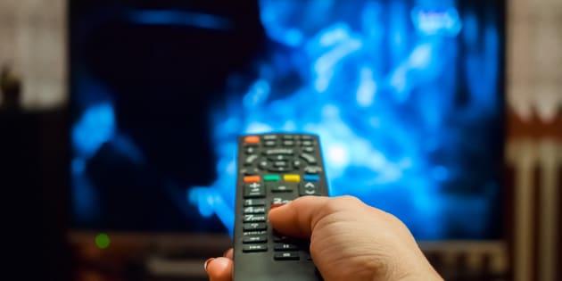 A partir del 10 de diciembre, los canales de televisión abierta deberán incluir subtítulos ocultos o lenguaje de señas mexicanas para personas con discapacidad.