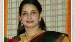 Did You Share This Photograph Of Jayalalithaa's 'Secret' Daughter? Stop Now, She's