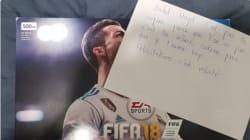 Ce célibataire a trouvé la riposte parfaite face aux filles qui achètent FIFA 18 à leurs
