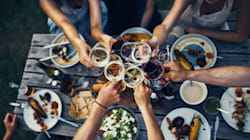How To Host A Successful Party With Minimal Effort (Because Who Has The