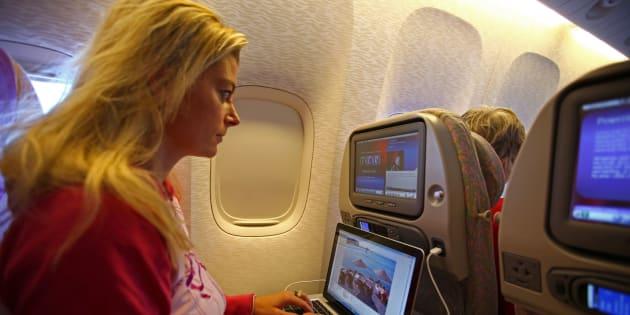 Les ordinateurs bientôt interdits sur les vols d'Europe?
