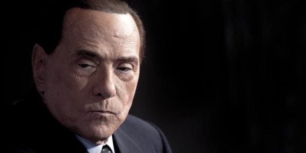 """""""La Lega rompe la coalizione, vuole governare con M5S"""". L"""