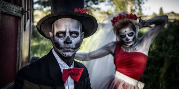 20 Couples Halloween Costumes That Will Make You Win All The Prizes
