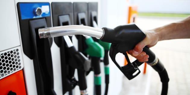 Adiós a la gasolina 95, 98 y el diésel: guía para aclararte con el cambio de etiquetado en las gasolineras