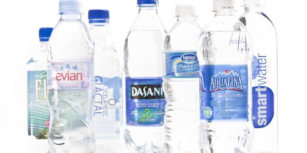 Des alternatives pour limiter les particules de plastique des bouteilles d'eau (photo d'illustration)