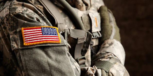 Les militaires transgenres resteront dans l'armée américaine jusqu'à nouvel ordre