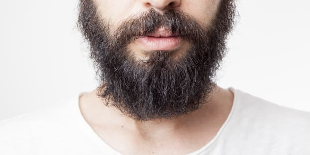 un m decin renvoy de l 39 h pital pour sa barbe trop longue. Black Bedroom Furniture Sets. Home Design Ideas