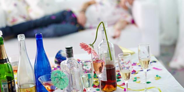 Como o álcool é diurético, ele causa desidratação quando consumido em excesso.