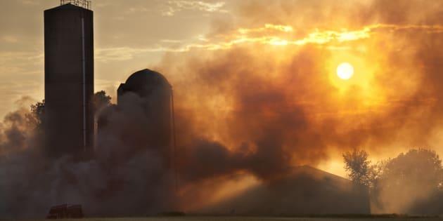 Pour bien saisir l'importance des conséquences, rappelons-nous de la vague de chaleur de 2010 qui avait duré six jours et occasionné près de 300 décès.